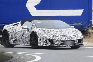 Lamborghini Huracan phiên bản nâng cấp bị bắt gặp khi đang thử nghiệm