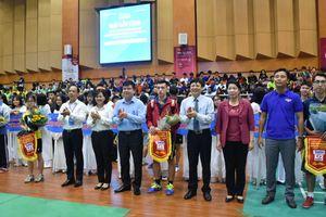Khai mạc Giải cầu lông học sinh - sinh viên Hà Nội - Cúp báo Tuổi trẻ Thủ đô