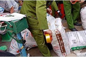 Sản xuất phụ gia thực phẩm giả bị xử tù như sản xuất thực phẩm giả
