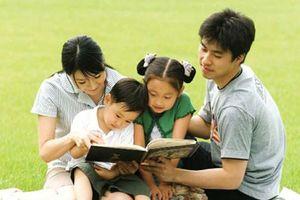 Tại sao cha mẹ cần hướng con đọc sách mỗi ngày?
