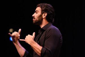 Tầm quan trọng của ngôn ngữ ký hiệu