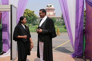 Tòa tối cao Ấn Độ bãi bỏ luật trừng phạt tội ngoại tình