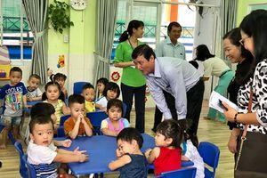 Xuất hiện trẻ mắc bệnh chân tay miệng, trường mầm non ở TP.HCM bị kiểm tra đột xuất