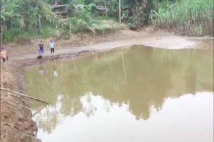 Phát hiện thi thể hai bé trai 4 tuổi nổi trong ao nước ở Sơn La