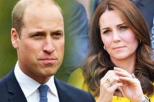 Hoàng tử William nói lời xin lỗi và 'lỡ miệng' tiết lộ Công nương Kate đang 'ghen tị' với mình vì điều này khiến ai cũng phải bật cười