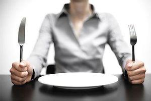 Những điều tuyệt đối không nên làm khi đói bụng