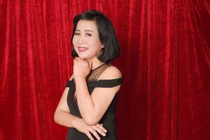 Nhà thơ Chu Thu Hằng: Yêu thương là lẽ sống