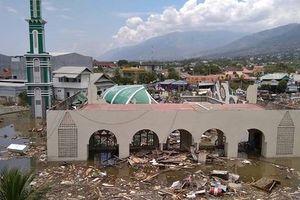10 sinh viên Việt Nam đều an toàn trong thảm họa ở Indonesia