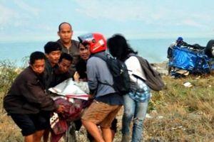 Cận cảnh sóng thần tàn phá ở Indonesia khiến 384 người thiệt mạng