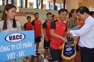 Khai mạc giải bóng đá tranh Cúp VACC - Chi nhánh Miền Trung năm 2018
