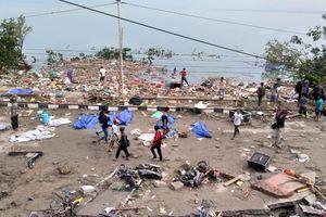 30 người thiệt mạng do sóng thần, động đất ở Indonesia