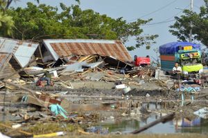Gần 400 người thiệt mạng sau thảm họa kép động đất - sóng thần tại Indonesia