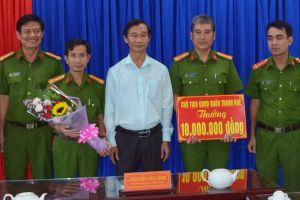 Đà Nẵng: Phát hiện 18 khách nước ngoài trong quán bar dương tính với ma túy