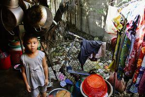 Người Sài Gòn sống chung với rác thải ngập ngụa quanh kênh Bàu Trâu