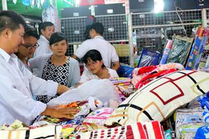 Tích cực đưa hàng Việt về khu công nghiệp, khu chế xuất