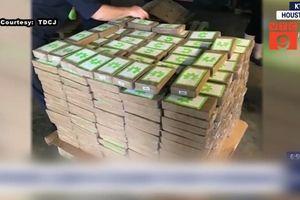 Tuồn hàng trăm gói cocain vào trại giam theo cách tinh vi không tưởng