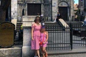 Mẹ đơn thân tử vong vì thanh sắt rơi giữa phố Hà Nội: Ai sẽ chăm sóc bé gái 6 tuổi?