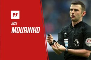 Mourinho trách móc trọng tài sau thất bại của MU trước West Ham