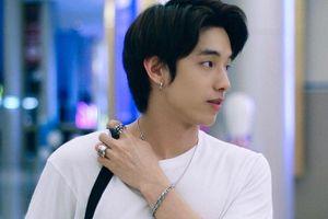 Hot boy Thái Lan body 6 múi, mắt một mí điển trai như sao Hàn
