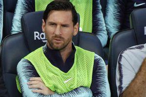 Messi bị trừng phạt vì 'nổi loạn' ở Barcelona?