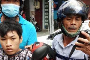 TP.HCM: Nhóm 'hiệp sĩ đường phố' quận Tân Bình tóm gọn 2 tên cướp