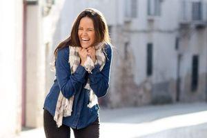 Bất ngờ lợi ích sức khỏe khi tiếng cười lớn