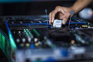 Intel tự tin đảm bảo đủ chip 10 nm trong năm nay
