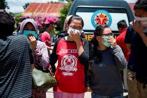Số nạn nhân động đất, sóng thần ở Indonesia tăng chóng mặt