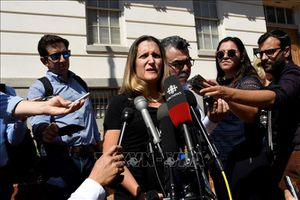 Lo đàm phán NAFTA, ngoại trưởng Canada về nước và hoãn phát biểu tại LHQ