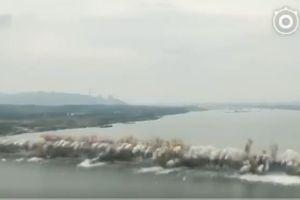 Xem cây cầu dài 1,5 km nổ thành khói bụi trong tích tắc