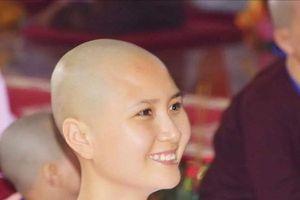 Ngắm nhan sắc người đẹp Nguyễn Thị Hà trước khi cắt tóc đi tu