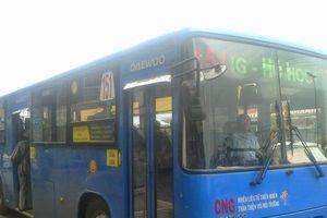 Nợ tiền nhiên liệu gần 700 triệu đồng, nhiều tuyến xe buýt có nguy cơ ngừng hoạt động