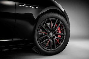 Sedan khủng Maserati Ghibli Ribelle 2019 430 mã lực, 580Nm