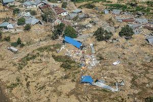 Hình ảnh mới nhất sau động đất sóng thần Indonesia: Số người chết tăng vọt