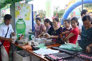 Hàng Việt chinh phục người tiêu dùng Cẩm Phả