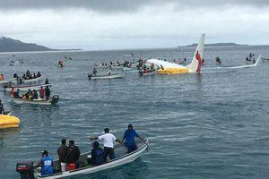 Hai công dân Việt Nam trên máy bay rơi xuống biển Micronesia đã ổn định sức khỏe