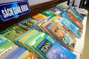 Bộ GD&ĐT cần báo cáo Quốc hội về độc quyền in sách giáo khoa