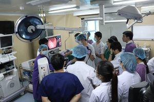 Tiếp nhận phương pháp hiện đại của Nhật về chẩn đoán, điều trị bệnh dạ dày, đại tràng