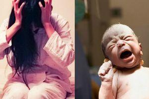 Suốt nửa năm sau sinh, mẹ trầm cảm không ăn không ngủ, sống trong nỗi day dứt 'đẻ mổ là hại con'
