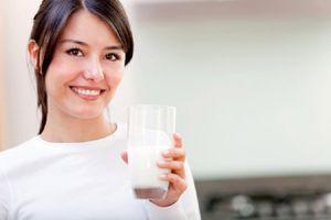 3 thời điểm uống sữa tốt nhất