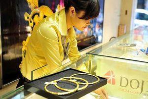 Đồng USD tăng giá, diễn biến giá vàng cuối năm hết sức khó lường?