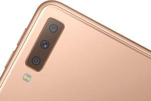 Chi tiết smartphone 3 camera sau của Samsung