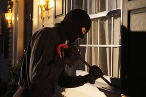 Trộm đập cửa, đột nhập phòng làm việc Chủ tịch huyện