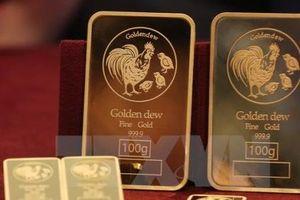 Giá vàng giảm phiên đầu tuần khi đồng USD vững giá