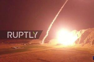 Tướng Iran: 'Phiến quân dùng đạn tấn công, chúng tôi đáp trả bằng tên lửa'