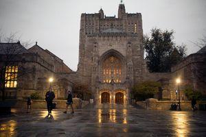 ĐH Yale bị điều tra về cáo buộc phân biệt đối xử với sinh viên gốc Á