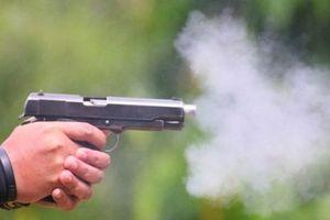 Kẻ nổ súng bắn chết người ra đầu thú sau 10 ngày lẩn trốn