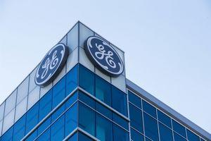 General Electric thay CEO, dùng nhân sự bên ngoài