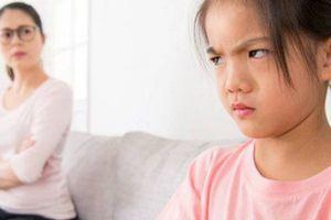 Nếu thấy khó khăn khi dạy dỗ con, bố mẹ chắc hẳn có những thói quen này