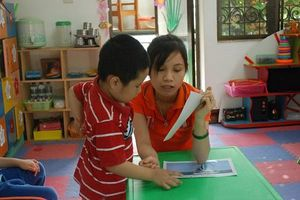 Giáo trình dạy trẻ tự kỷ - Bao giờ được chuẩn hóa?